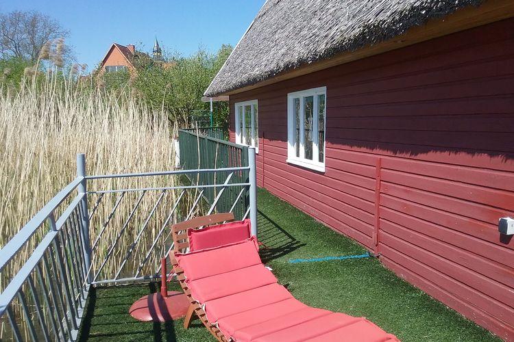 Vakantiehuis  met wifi  SternbergBootshaus direkt am See mit eigenem Steg