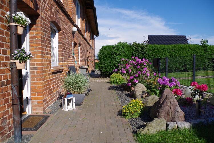 Appartement  met wifi  WahrstorfOstseeurlaub Zur Steinbäck mit Terrasse