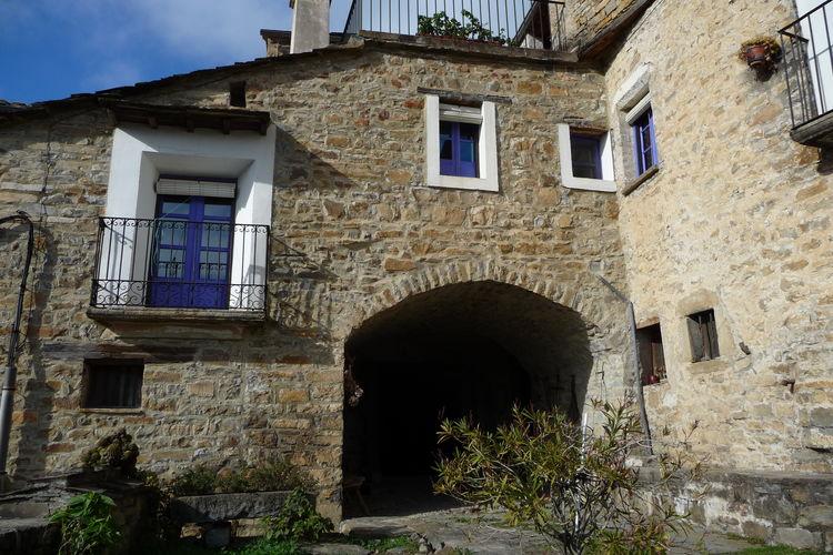 Navarra Vakantiewoningen te huur Authentiek landhuis met uitzicht op de spaanse pyreneeën