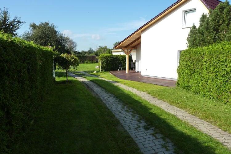 Vakantiehuis  met wifi  Rostock-DiedrichshagenFerienhaus Claas mit Terrasse