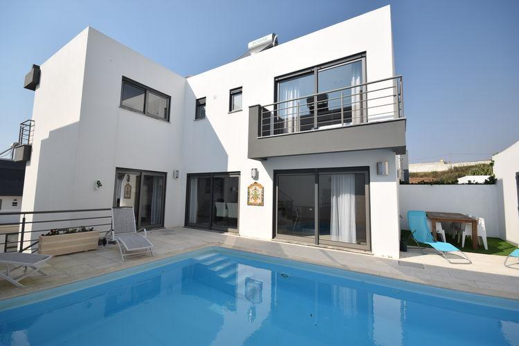 Moderne villa met privé-zwembad, vlakbij prachtige stranden van de Zilverkust