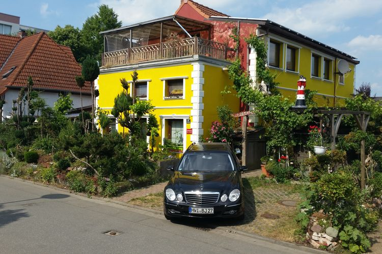 Vakantiewoning  met wifi  Wismar  Grote vakantiewoning met dakterras in het centrum van Wismar