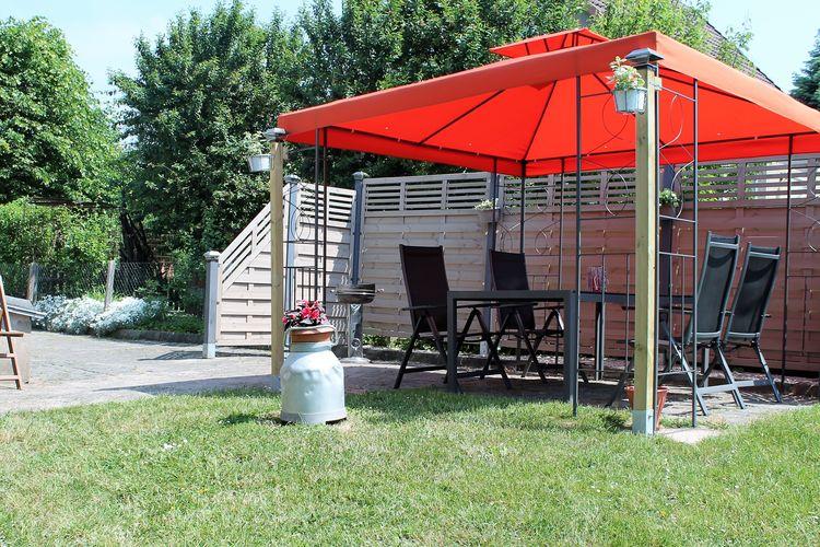 Appartement  met wifi  ZierowFerienwohnung mit Garten Strandnah