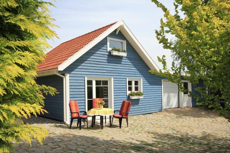 Vakantiehuis  met wifi  SteffenshagenDas blaue Ferienhaus