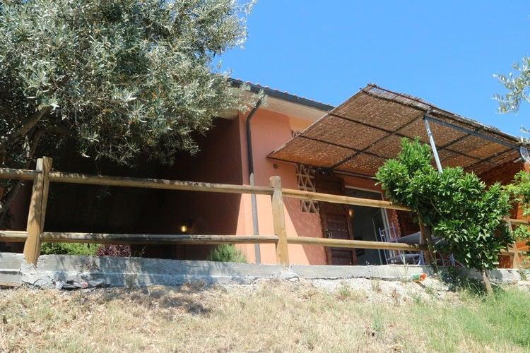 Vakantiehuizen Italie | Toscana | Vakantiehuis te huur in Castagneto-Carducci   met wifi 5 personen