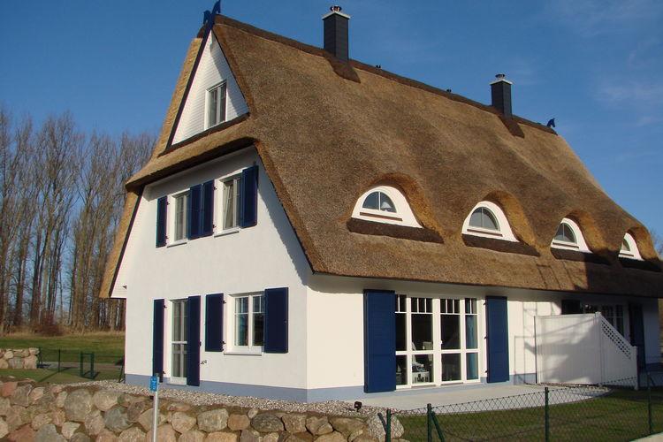 Vakantiehuis  met wifi  Rerik-OstseebadEin Ostseetraum am Meer 4 Schlafzimmern Kamin Sauna