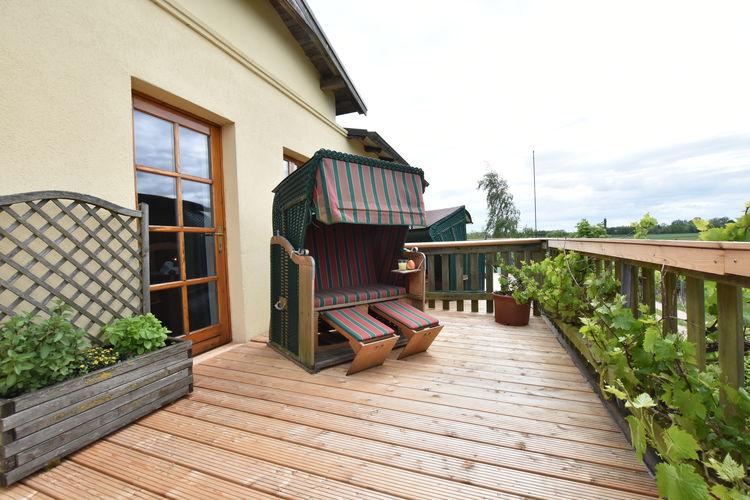 Appartement  met wifi  Boiensdorf OT Stove  Ferienwohnung mit großem Balkon auf Wassergrundstück - Nr 3