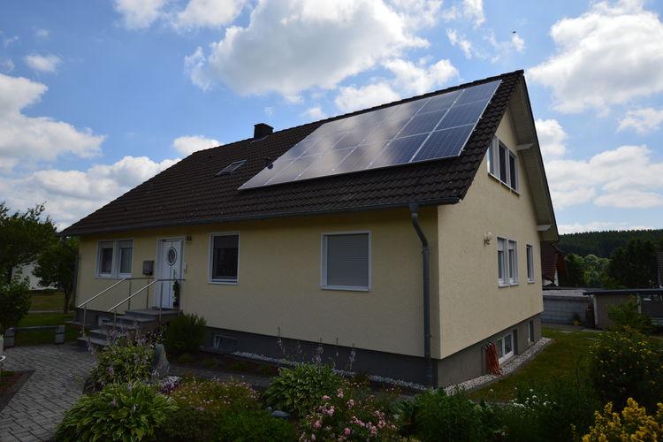 Bleialf Vakantiewoningen te huur Comfortabele woning is een heuvelachtige omgeving met uniek uitzicht