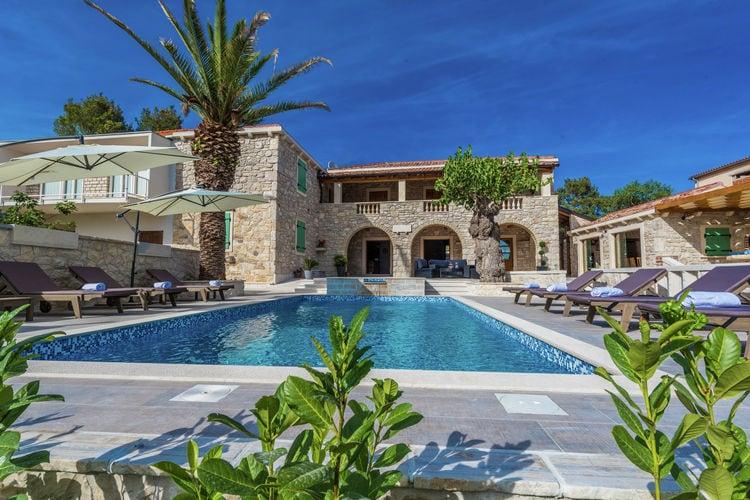 Kroatie | Dalmatie | Villa te huur in Sukosan met zwembad  met wifi 10 personen