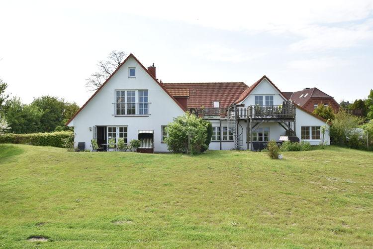 Appartement  met wifi  Insel-Poel-OT-FahrdorfZum Breitling - Appartment 5 mit Sitzecke im Garten