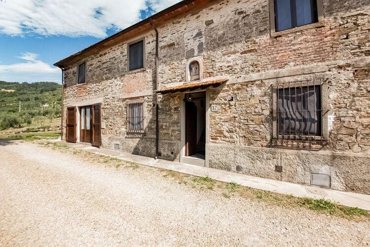 Vakantiehuizen Italie | Toscana | Vakantiehuis te huur in Pontassieve met zwembad  met wifi 5 personen