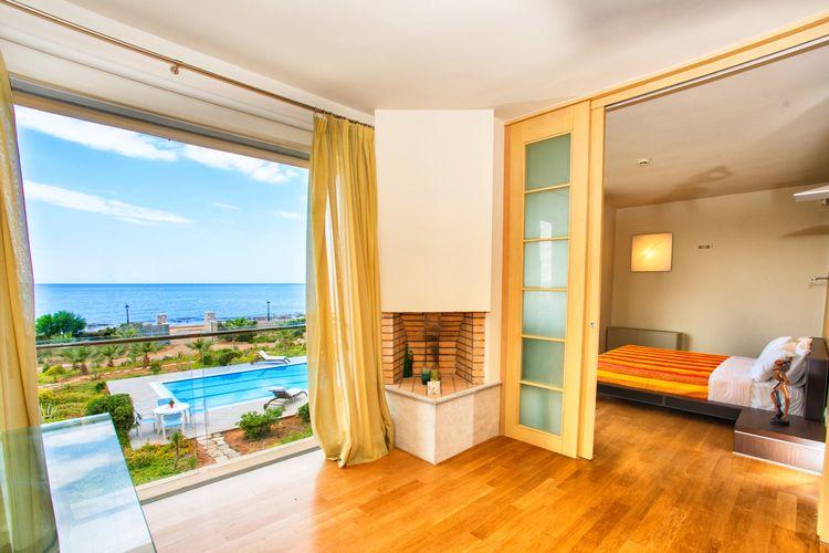 Villa met zwembad met wifi aan zee Analipsis  Volop luxe in grote mooie villa, privé zwembad, aan zee in Analipsis, NO kust