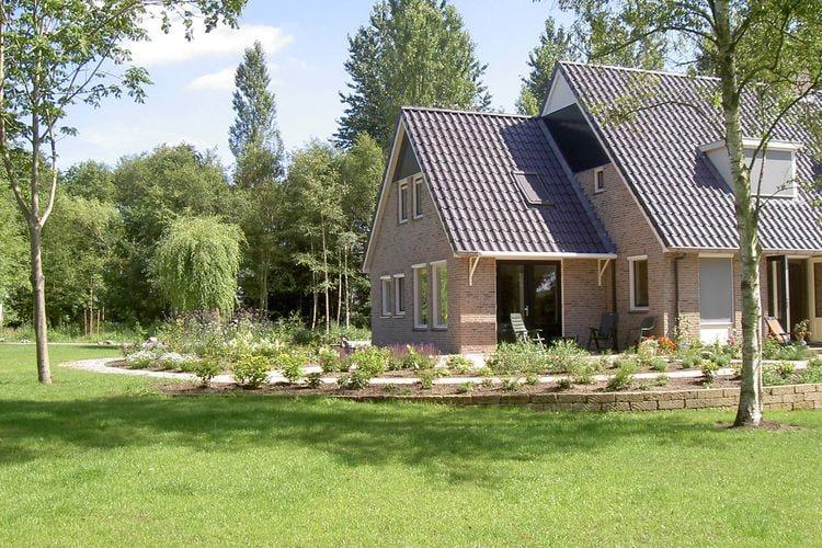 Vakantiewoning  met wifi  Zuidwolde  Landelijk gelegen vakantiehuis in de prachtige natuur van het Drentse bos