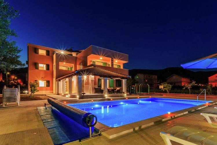 Villa Kroatië, Dalmatie, Kaštel Novi Villa HR-21216-09