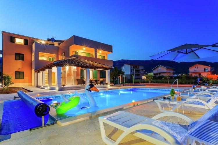 Kroatie | Dalmatie | Villa te huur in Katel-Novi met zwembad  met wifi 6 personen