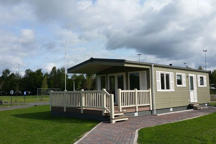 Noord-Brabant Chalets te huur Mooi chalet met veranda, op rustig familiepark en in prachtige omgeving