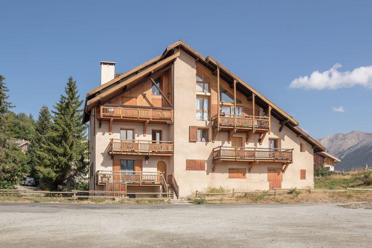 Ruim triplex appartement met ruim balkon en geweldig uitzicht!