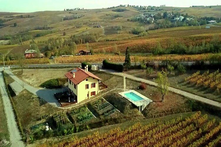 Italie | Italiaanse-Meren | Boerderij te huur in Santa-Maria-Della-Versa met zwembad  met wifi 2 personen