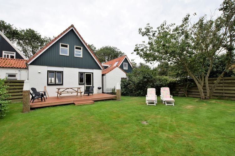 Vakantiewoning  met wifi aan zee Den Burg Texel  Ideale vakantiewoning met grote tuin op Texel op nog geen 2 km van Den Burg