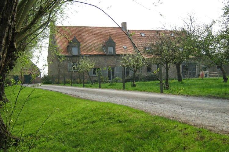 MIDDELKERKE Vakantiewoningen te huur Sfeervolle boerderij met veel speelruimte voor de kinderen nabij Middelkerke