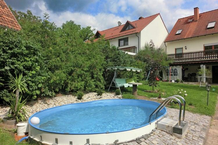 Vakantiehuis met zwembad met wifi  ThuringenGleichamberg