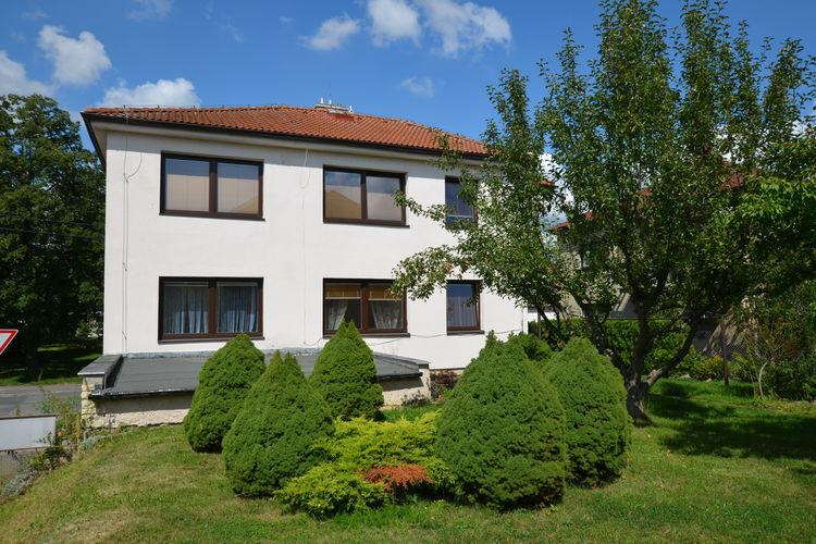 Appartement  met wifi  Vysoké Mýto  Mooi appartement op de begane grond met een tuin en terras over Dache