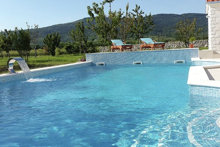 vakantiehuis Kroatië, Dalmatie, Neoric vakantiehuis HR-21247-01
