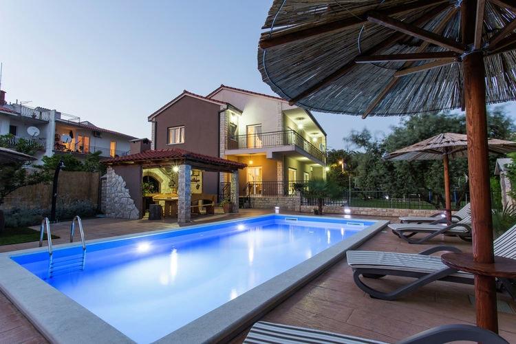 vakantiehuis Kroatië, Dalmatie, Kaštel Novi vakantiehuis HR-21217-02