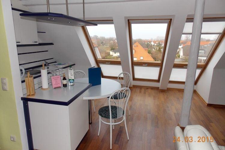 Duitsland Villas te huur Comfortabel driekamerappartement met balkon dicht bij het strand