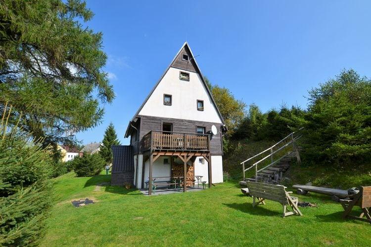Tsjechie | West-Bohemen | Vakantiehuis te huur in Louna-pod-Klinovcem   met wifi 12 personen