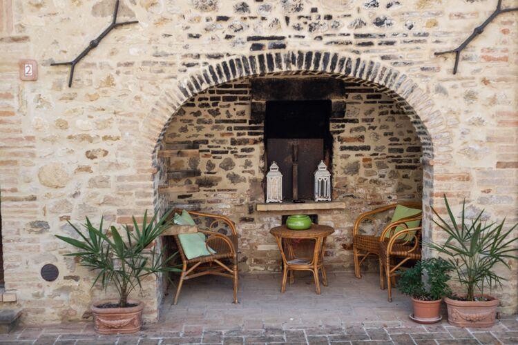 Boerderij Italië, Umbrie, Città di Castello Boerderij IT-00009-37