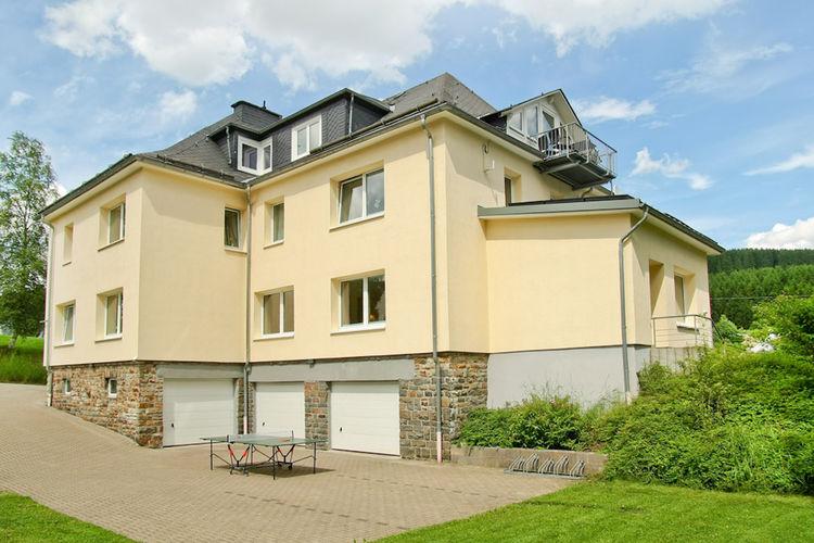 Erndtebrück Vakantiewoningen te huur Exclusieve groepsaccommodatie in het Sauerland met recreatieruimte en wellness