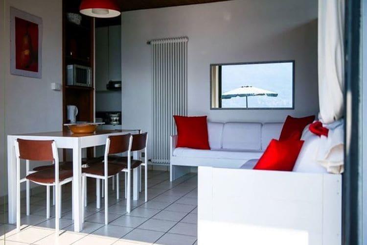 Vakantiehuizen Italie | Italiaanse-Meren | Appartement te huur in Pognana-Lario met zwembad  met wifi 6 personen