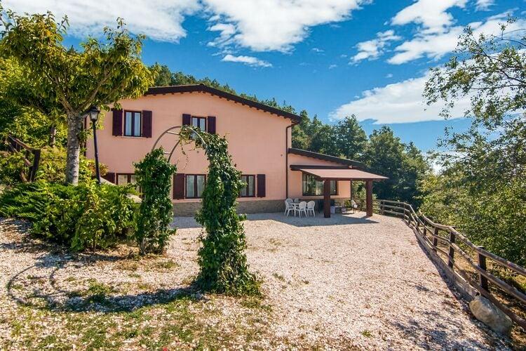 Boerderij Italië, Marche, Apecchio Boerderij IT-00025-49