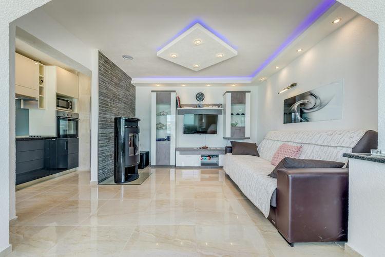 Appartement Kroatië, eld, Trogir - Arbanija Appartement HR-21224-09
