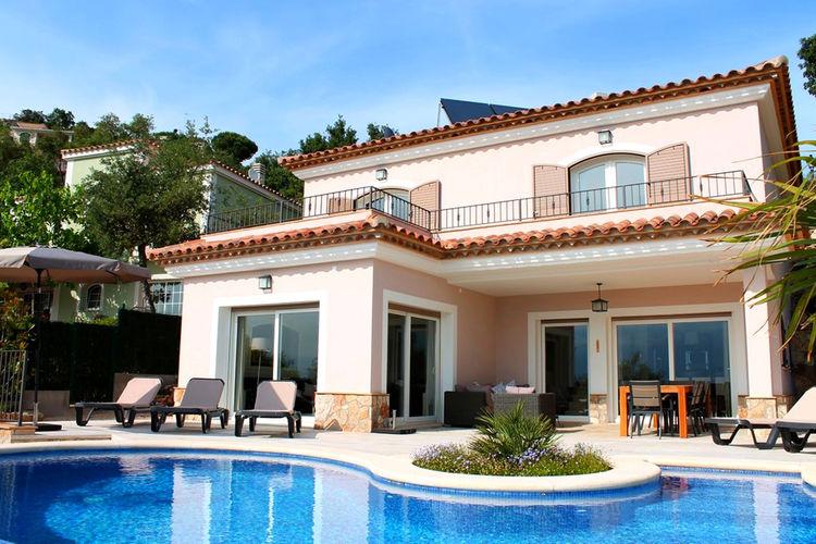 Spanje | Costa-Brava | Villa te huur in Santa-Cristina-dAro met zwembad  met wifi 8 personen