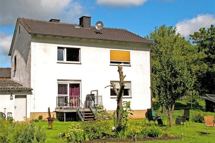 Hessen Appartementen te huur Mooi appartement op de begane grond, dicht bij de Edersee , met eigen terras en tuin
