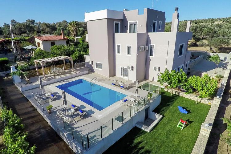 Villa met zwembad met wifi  kretaVilla Kalli