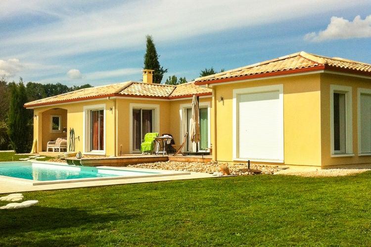 Vakantiehuis met zwembad   DordogneLa Petite Borie