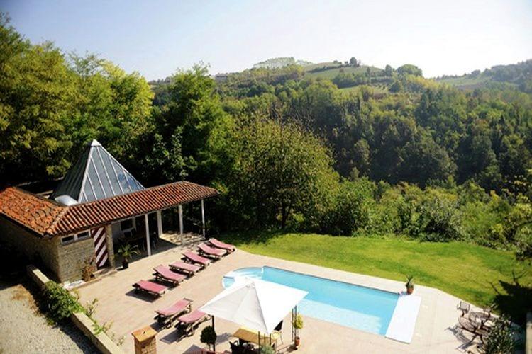 Vakantiewoning met zwembad met wifi  Bastia Mondovì  Appartement met groot overdekt terras, in een kleinschalig complex met zwembad
