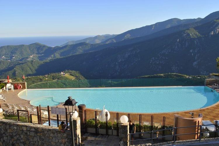 Italie | Lig | Vakantiehuis te huur in Canova met zwembad  met wifi 4 personen