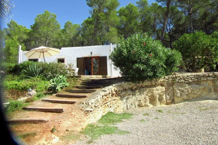 Spanje Bungalows te huur Rustig gelegen Bungalow met uitzicht op landschap op 3,5 km voor St Eulalia