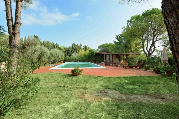 Italie | Marche | Villa te huur in Civitanova-Marche met zwembad  met wifi 10 personen
