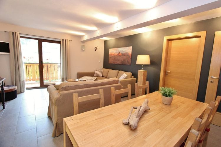 Ref: AT-5761-77 4 Bedrooms Price