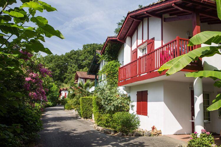 Vakantiehuizen Frankrijk | Cote-Atlantique | Appartement te huur in La-Bastide-Clairence   met wifi 4 personen