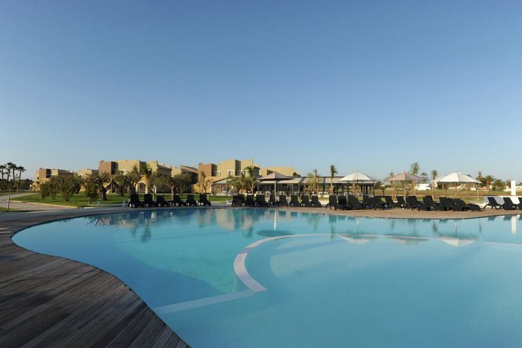 Vakantiehuis met zwembad met wifi  Fanusa  Le Residenze Archimede 4