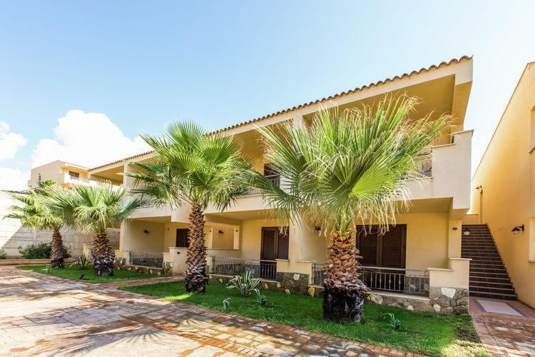 Appartement  met wifi  Castelvetrano (TP)  Vierpersoons appartement op gezellig vakantiepark direct aan het zandstrand