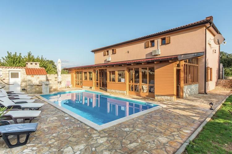 Istrie Vakantiewoningen te huur Ruime vakantiewoning met privézwembad en groot overdekt terras!