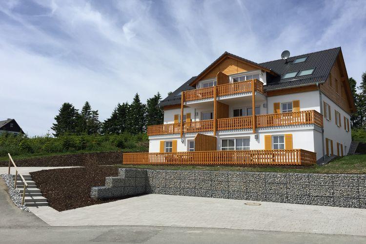 Winterberg-Neuastenberg Vakantiewoningen te huur Appartement vlakbij Winterberg met terras, balkon en prachtig uitzicht