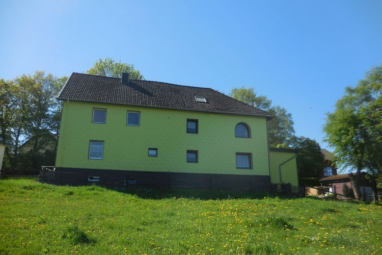 Vakantiewoning huren in Hellenthal -   met wifi  voor 4 personen  Het vakantiehuis ligt op een stres..